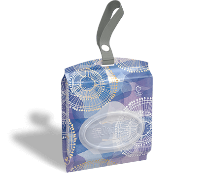 Kleenex Ultra Soft Go Anywhere blue and purple tissue pack.