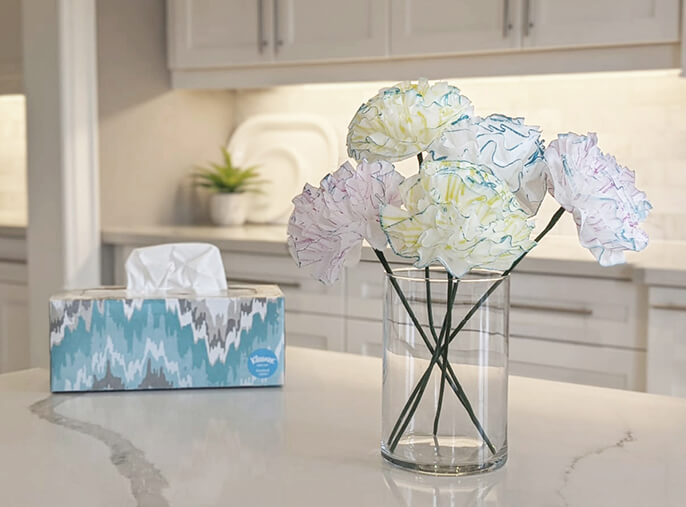 DIY how to make tissue paper flowers with Kleenex